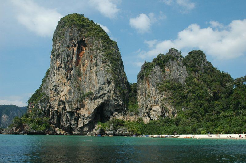 Railay beach limestone cliffs