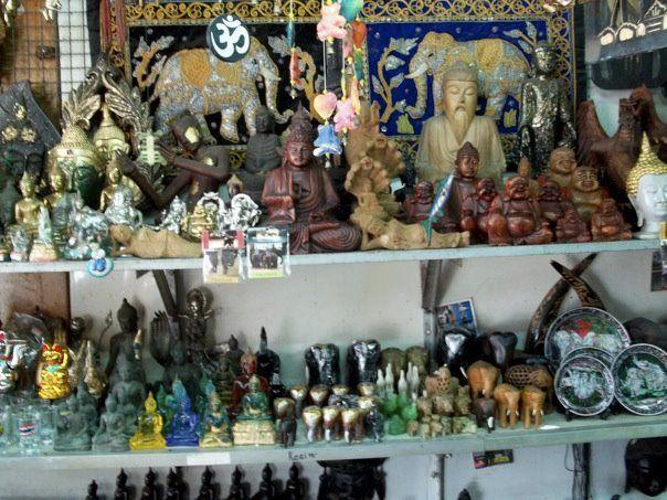 Railay Beach Thailand Tongsai Handicraft