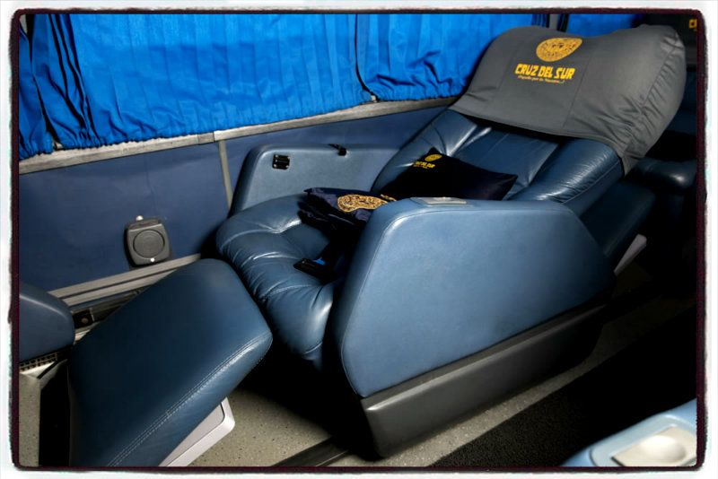 cruz del sur first class seats